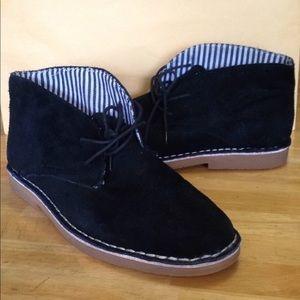 NWOT Soft Moc black leather shoes